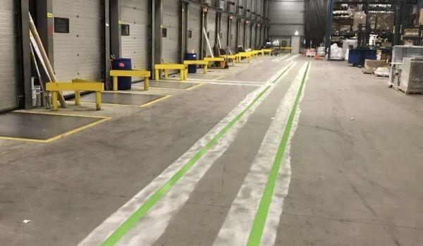 aanrijdbeveiliging-nederland-belijning-roldeur2-verhoektransport
