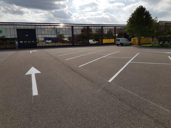 aanrijdbeveiliging-nederland-belijning-parkeren